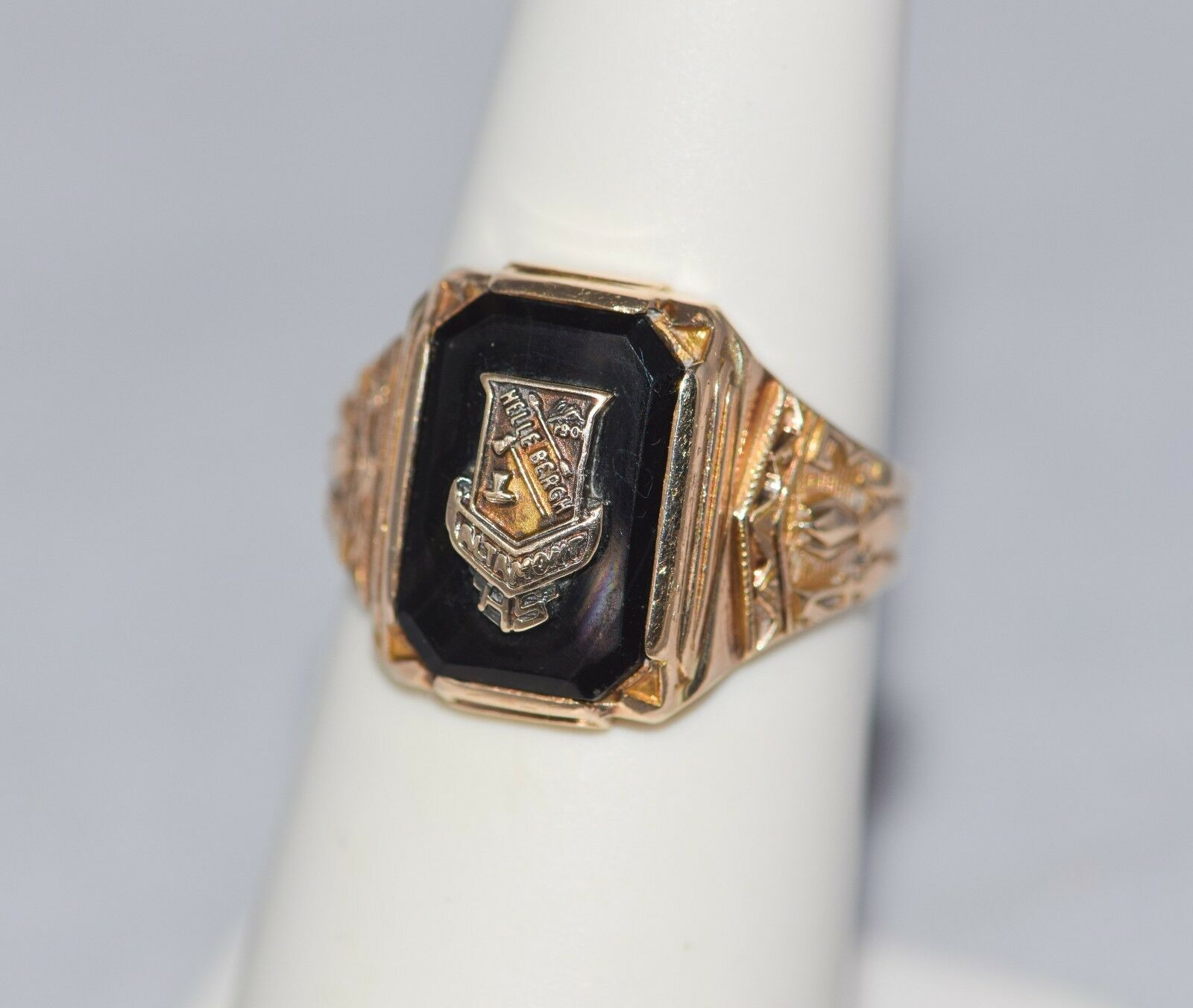 1943 Altamont High School Class Ring Size 5.25 Illinois Vintage