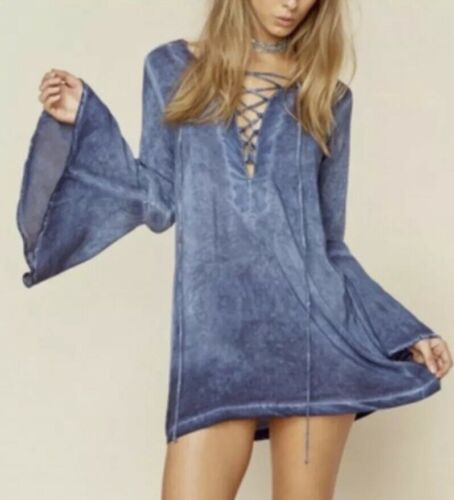 PLANET BLUE/BLUE LIFE LACE UP BELL SLEEVE LACE UP