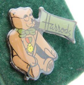 Vintage-Harrods-New-Old-Stock-Enamel-Teddy-Bear-Lapel-Pin-Tie-Tack
