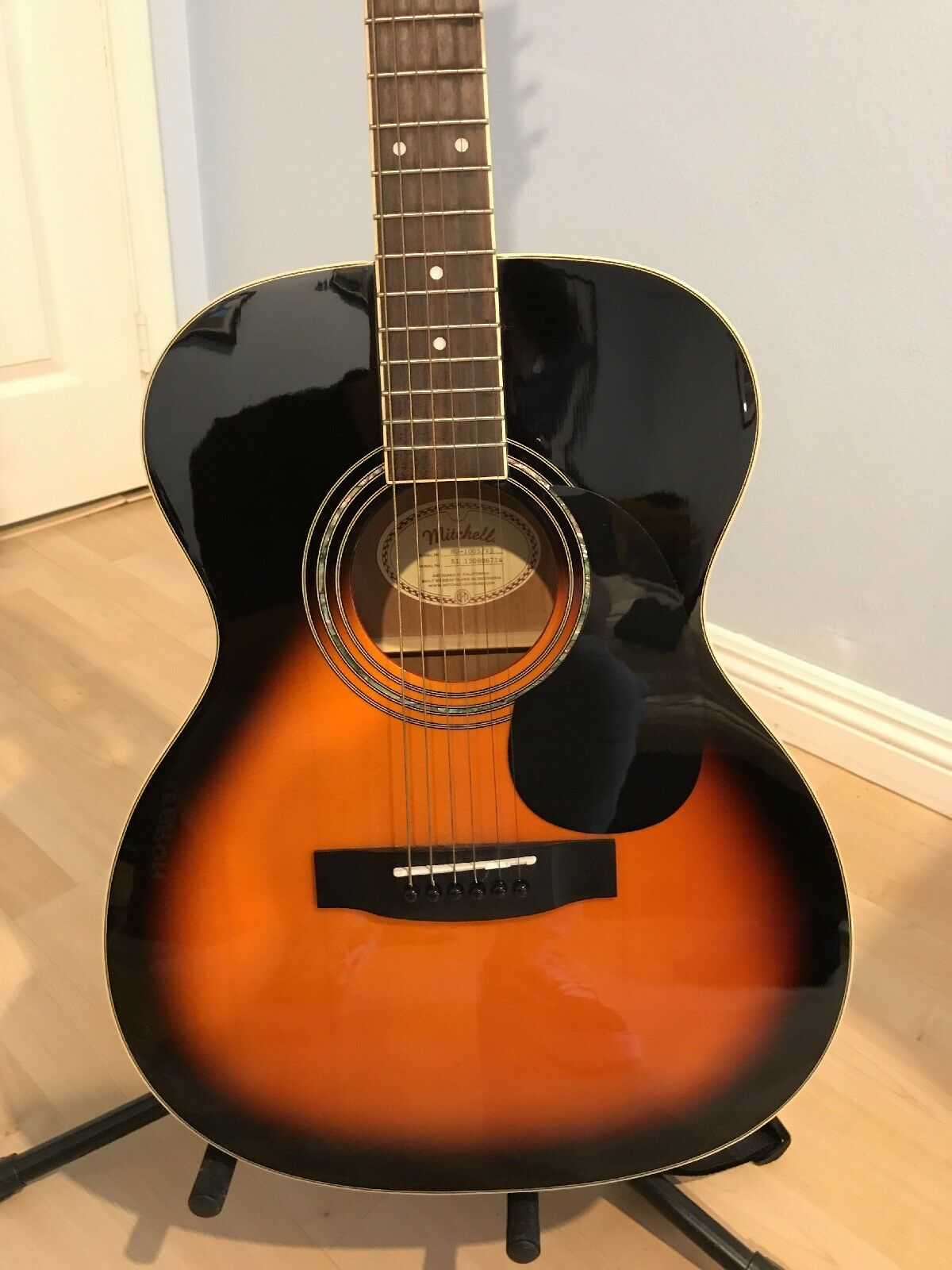Mitchell Acoustic Guitar Beatiful And Clean 3 color Sunburst