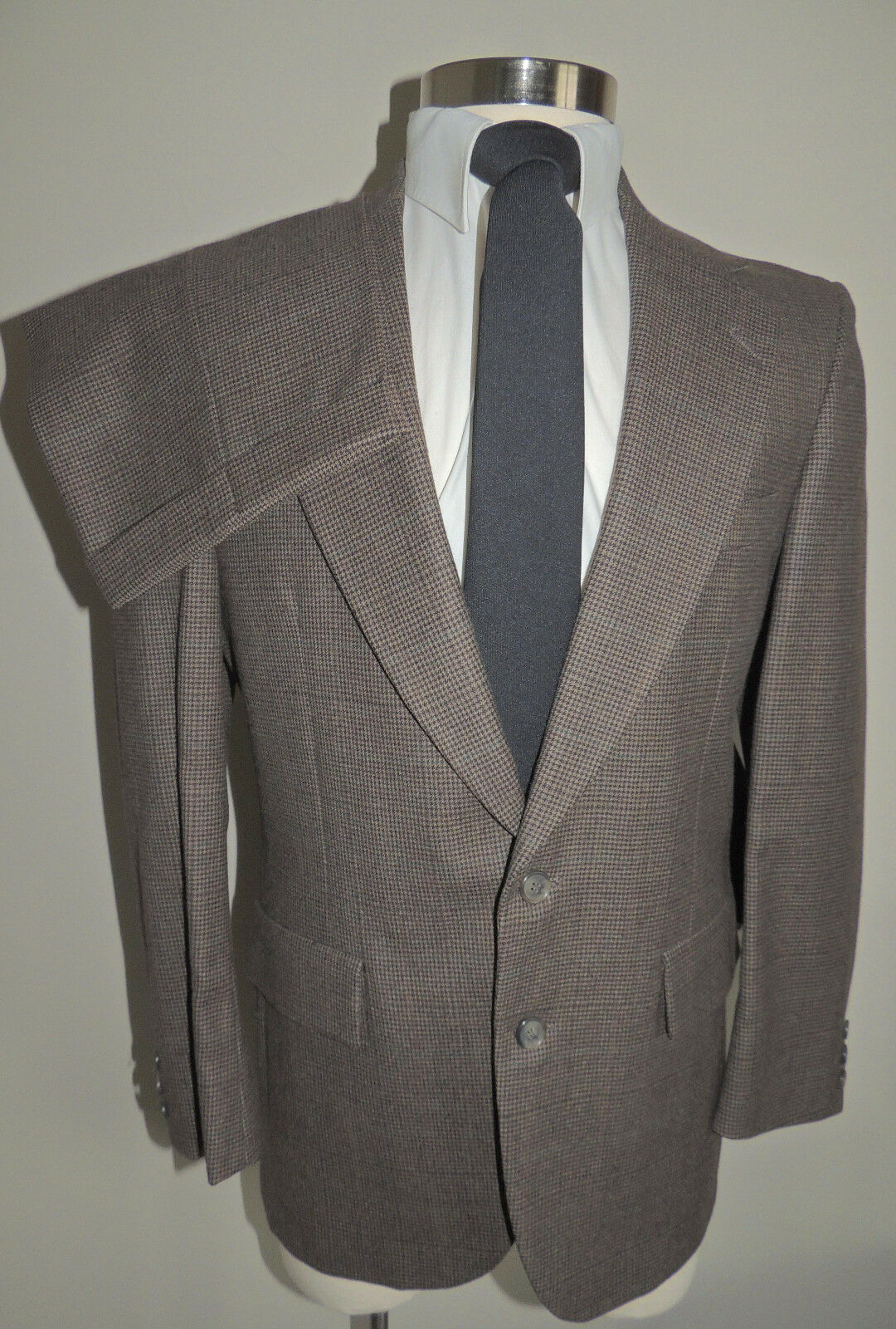 MENS EMBASSY SQUARE BROWN HOUNDSTOOTH 100% WOOL 2 BUTTON 2 PIECE SUIT 38R