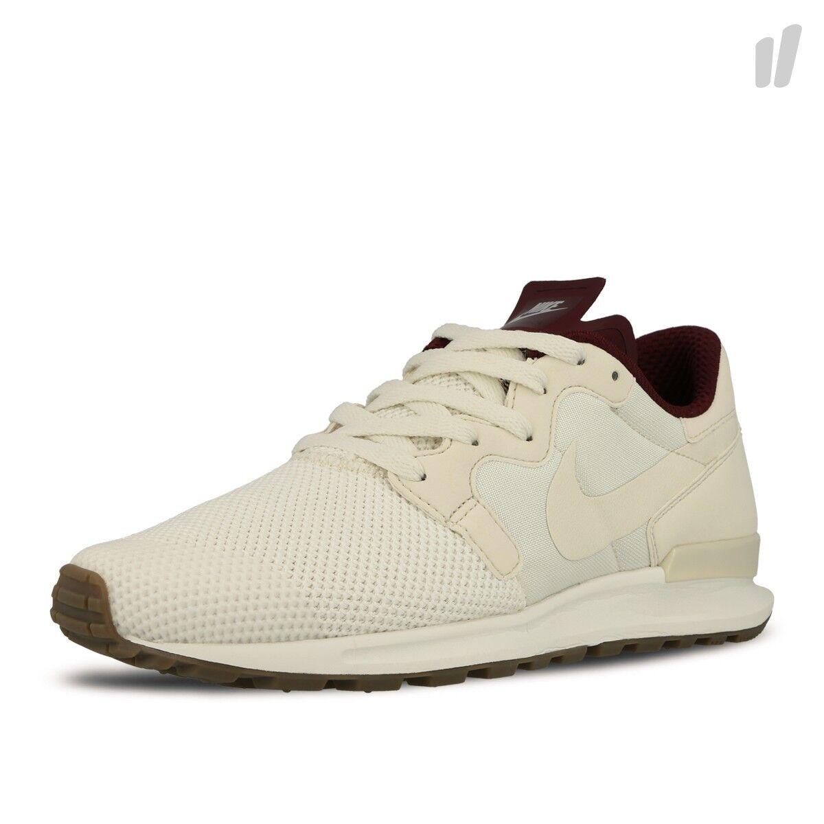 Mens Nike Air Berwuda Premium Casual Shoe Phantom Tan / Maroon Sz 7.5 844978 005