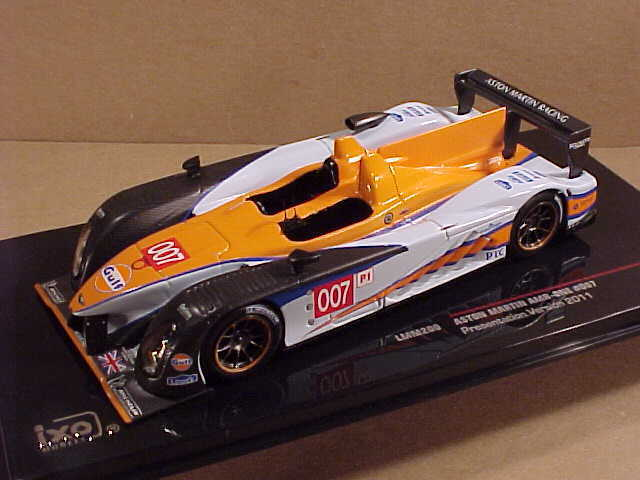 Ixo 1 43 Diecast Aston Martin Amr One 2011 Presentation Car Gulf 007