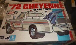 Mpc 7208 1972 Chevy Cheyenne Remorquage / Camion Pickup Vintage 1/25 Modèle