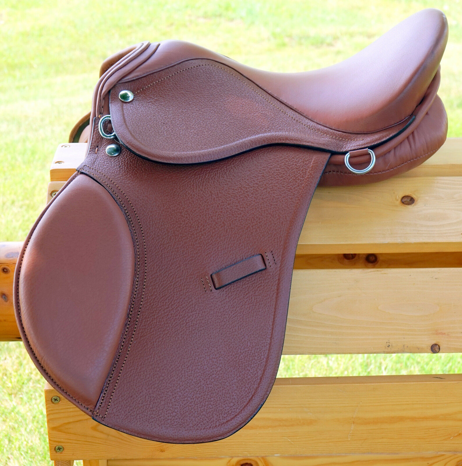 15  TAN All Purpose English EVENT JUMP Saddle   Leathers 36   48  +Stirrup Irons