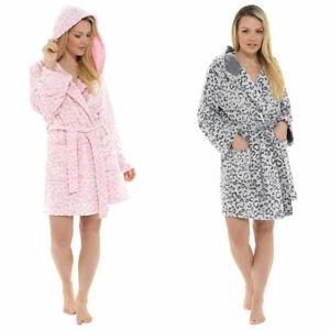 Foxbury-Women-039-s-Snow-Leopard-Print-Fleece-Hooded-Bath-Robe