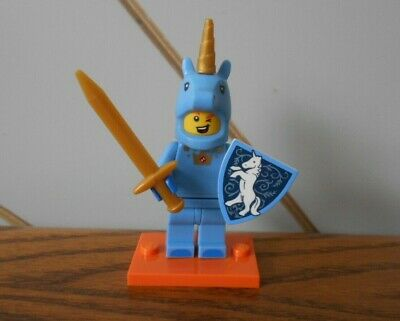 LEGO SERIES 18 #17 UNICORN GUY MINI FIGURE *NEW* WITH  COLLECTORS LEAFLET