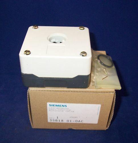 Siemens Leergehäuse 3SB1801-0AC OVP