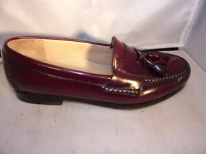 2bbf5a163d0 COLE HAAN Men s Burgundy Pinched Moc Toe Tassel Leather Loafer Size ...