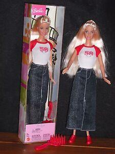 """POUPEE BARBIE """"""""CITY STYLE""""""""NEUVE DANS SA BOITE D'ORIGINE - France - État : Neuf: Objet neuf et intact, n'ayant jamais servi, non ouvert. Consulter l'annonce du vendeur pour avoir plus de détails. ... Marque: Mattel Personnage: Barbie - France"""