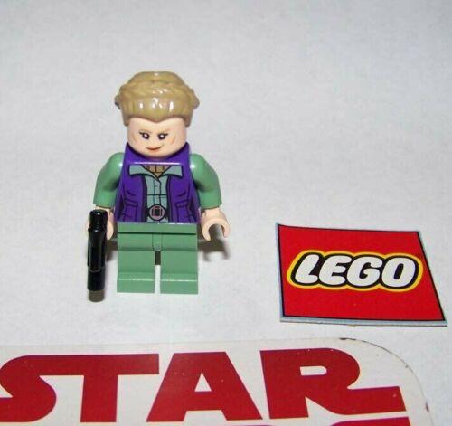 "LEGO STAR WARS #75240 Mini Figure LEIA /""GENERAL/"" W//WEAPONS BRAND NEW!"