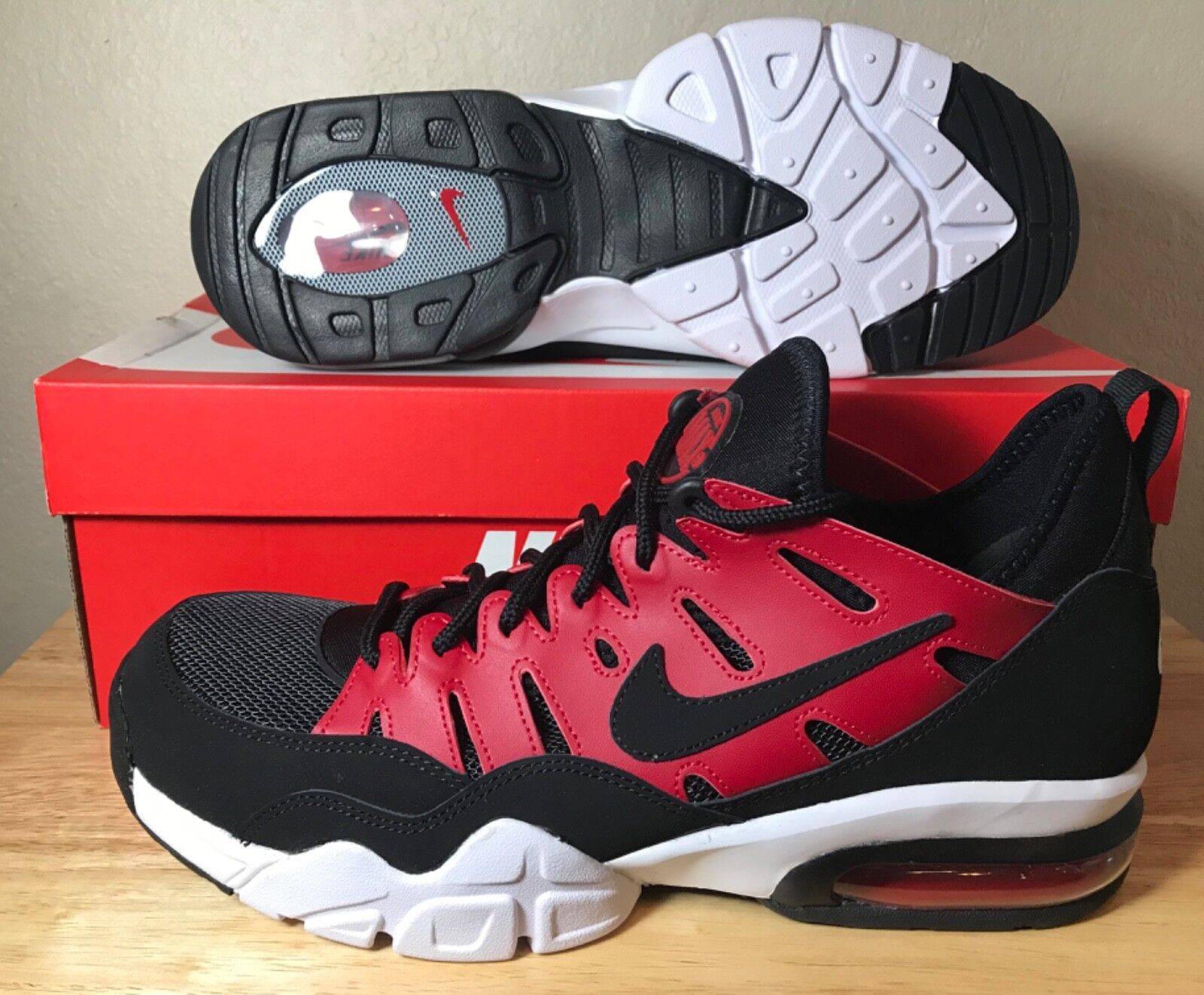 Nike Air Trainer Max 94 Low SZ Mens Gym Red Black White Training New 880995-600