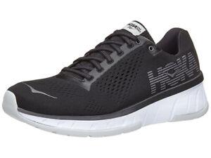 hoka training shoes