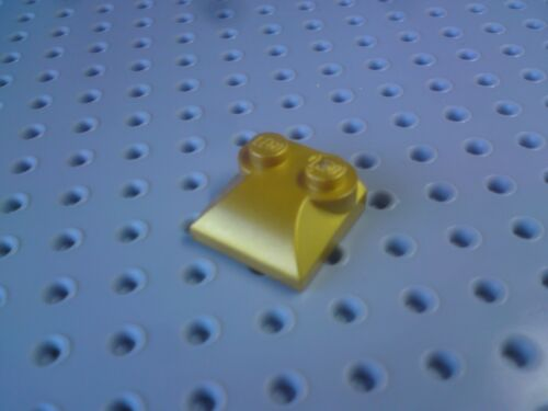 2 Studs Lego Slope Curved 2x2x2//3 Triple Splayed Mid - Pearl Gold x8 47457