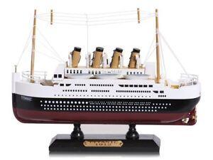 Wooden-Model-of-RMS-Titanic-Ship-20-cm