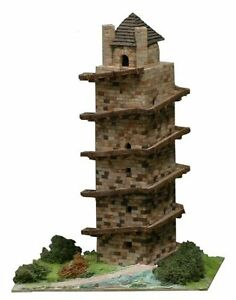 AEDES 1252.Maqueta de construcción en ladrillo. Antigua Torre de Hercules