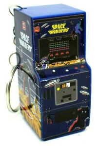 Porte-clés space invaders borne arcade keyring neuf sans blister by PALADONE