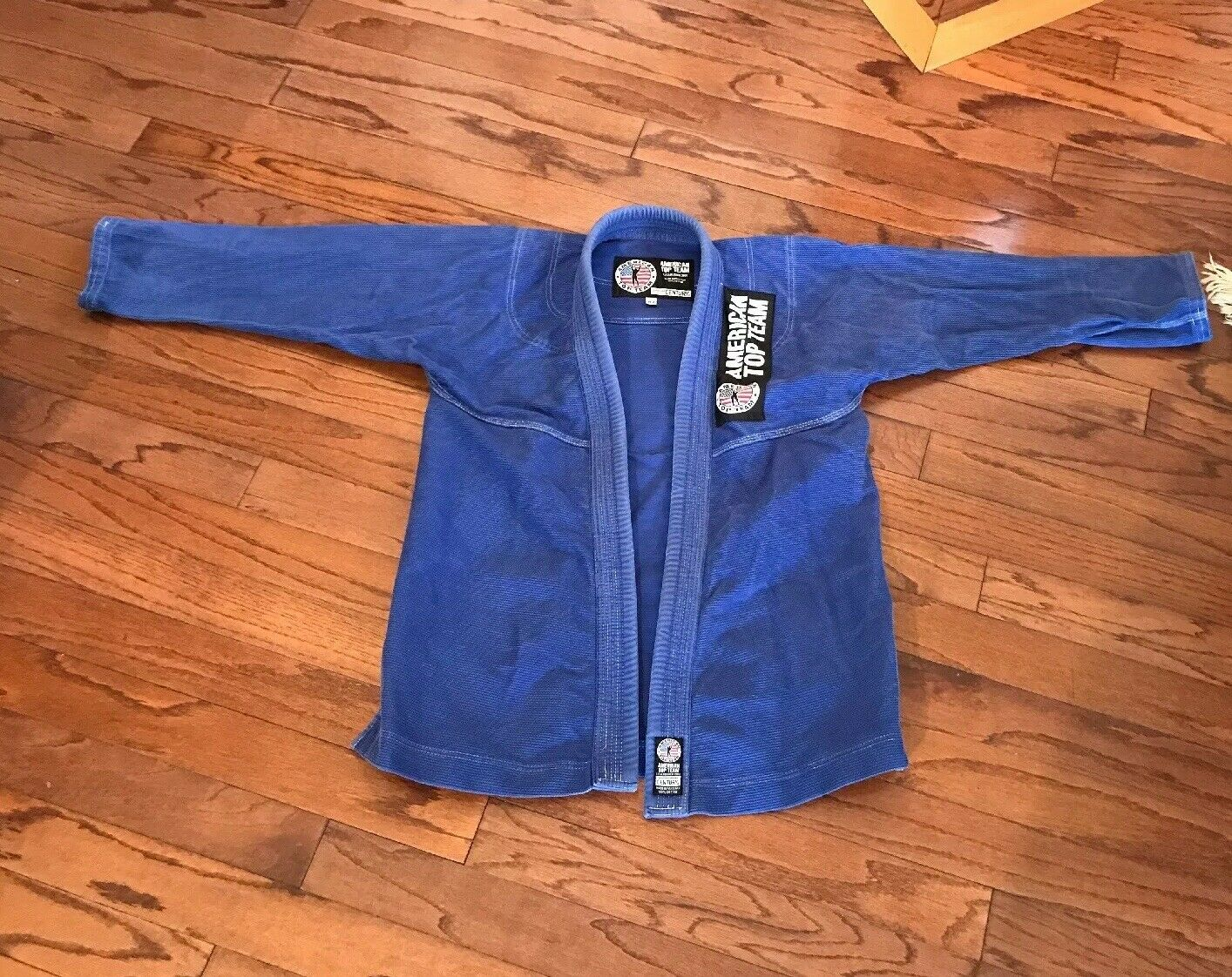 American  Top Team Gi sz A2  blueEJu Jitsu Mixed Martial Arts Embroidered Adult  hastened to see