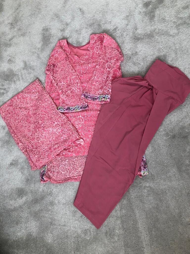 Brand New Women's Indian Pakistani Asian ReadymadeSuit Size M-L