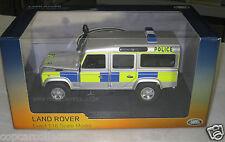 Universal Hobbies 1/18 UK Police Land Rover Defender 110 Battenberg Livery