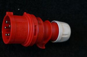 Kopp-CEE-Stecker-Steckdose-mit-Phasenwender-44-Starkstrom-400V-16A-179100004