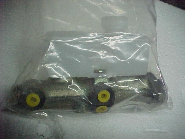 Delphi LM80315 BRAKE MASTER CYLINDER