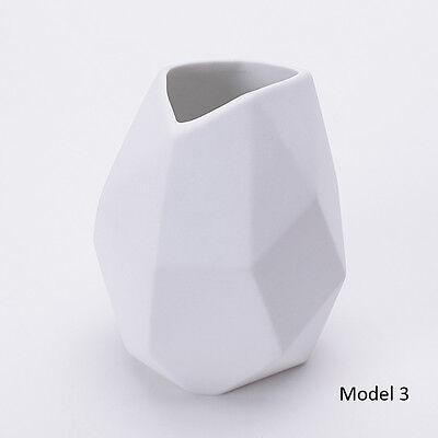 White Porcelain Vase Table Top Matte Ceramic Vase Home Decoration
