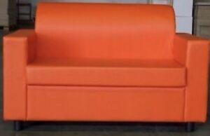 Divano Pelle Arancione : Divano da ufficio posti arancio in finta pelle realizzabile in