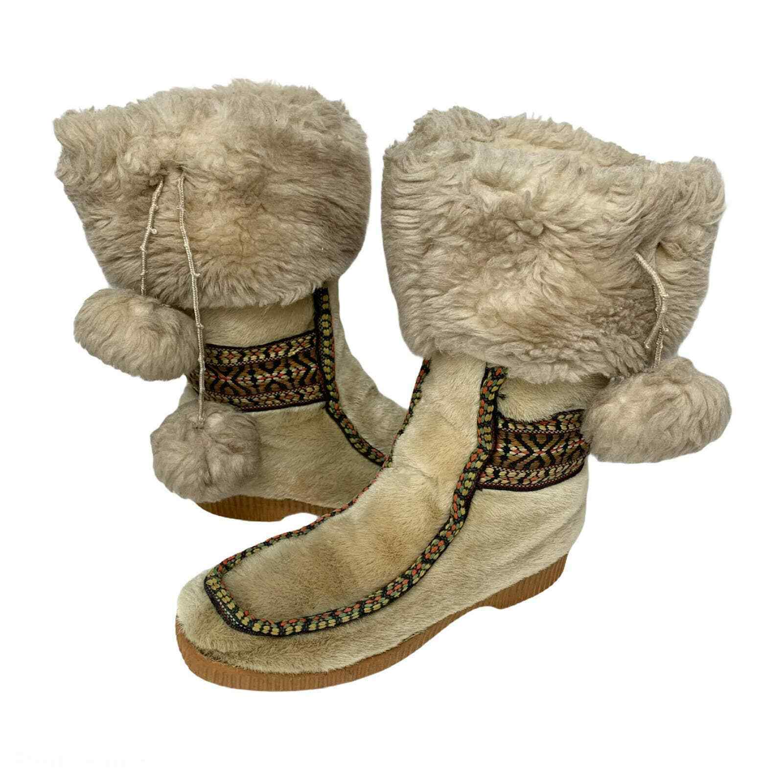 vintage 60s YODELERS faux fur WINTER BOOTS 7 lace up ski boots suede leather cozy ankle boots boho hippie shearling booties 60s shoes folk