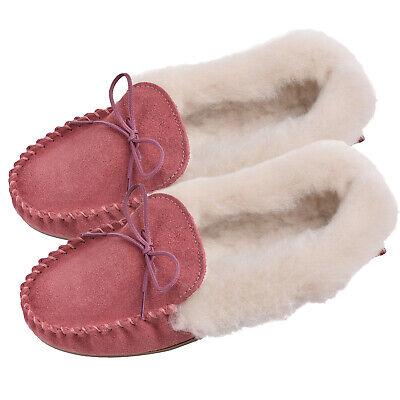 Ambizioso Lambland Donna Uk Made Soffici Lana Di Pecora Pantofole Mocassino In Pelle Scamosciata Rosa- Squisita Arte Tradizionale Del Ricamo