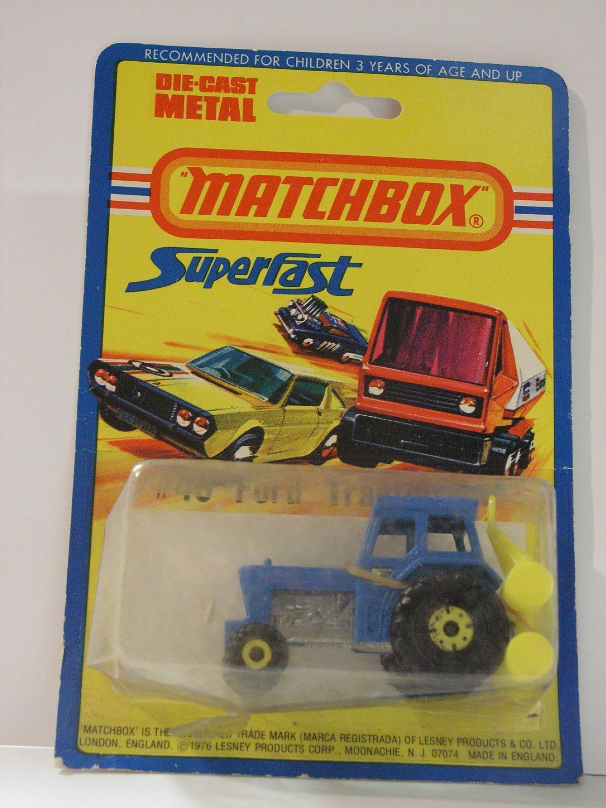 Matchbox 46, ford tractor & harrow wheels yellow wheel yellow mib new box