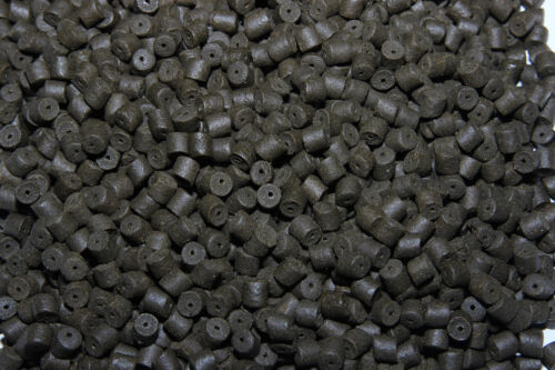 8mm Pre Drilled Black Halibut Coppens Pellets for Trout, Carp and Coarse Fishing