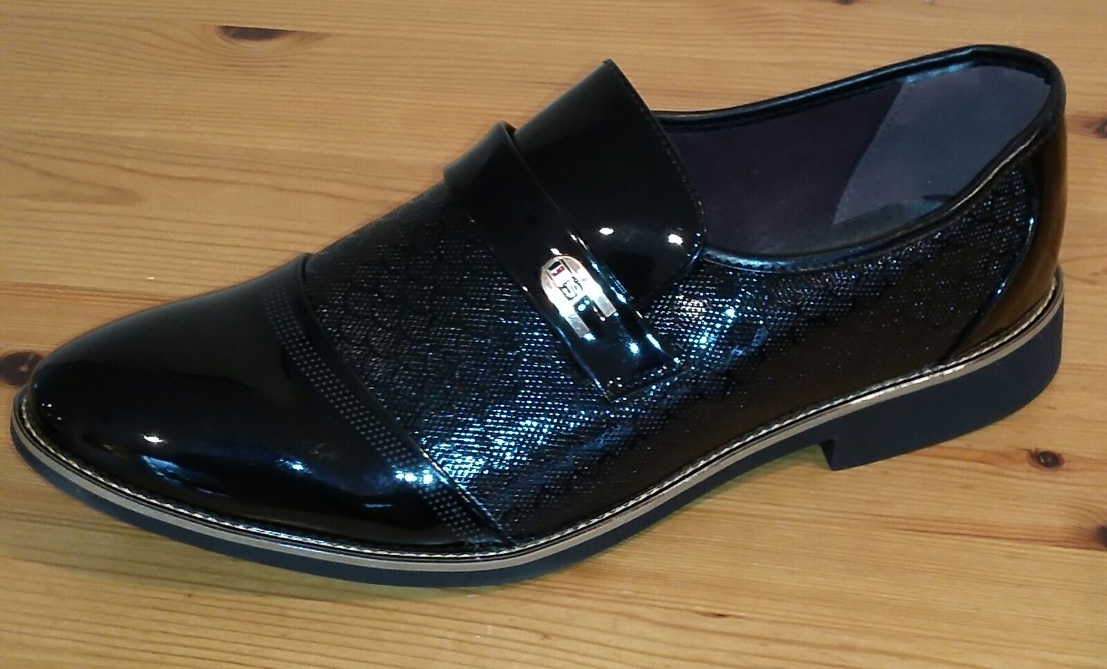 NEW Korean Fashion Patent Leather Loafer shoes Mens Size 11 - Black C3539