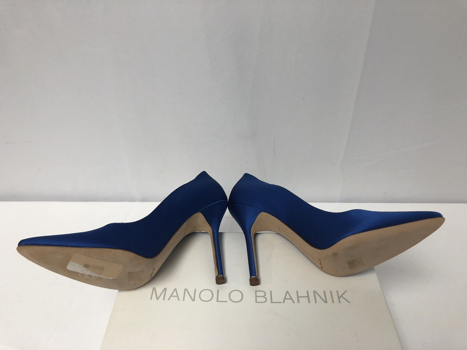 New Manolo Blahnik X Vetements bluee Satin Satin Satin Scripted Pumps Size 39EU 9US  1725.00 4ebb3e