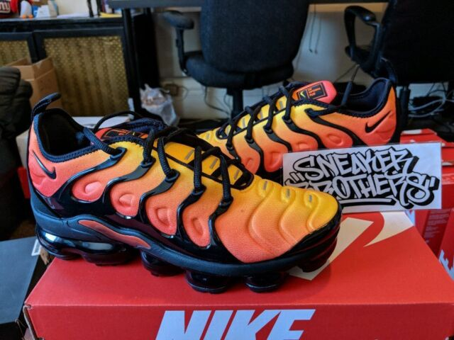 Nike Air Vapormax Plus Sunset Black Total Orange VM Max Tuned 924453-006  Hyper 8c43bd77f