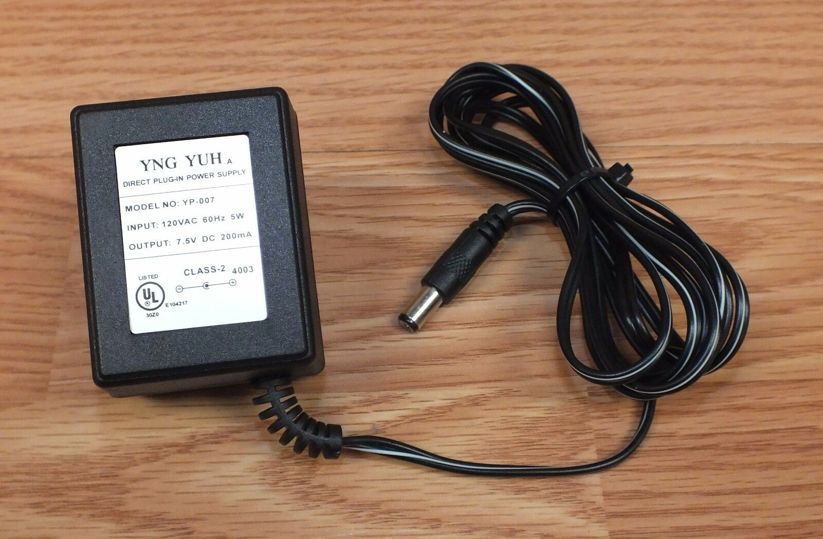 YNG YUH (YP-007) 7.5V 5W 60Hz 200mA AC Adapter Power Supply Charger **READ**