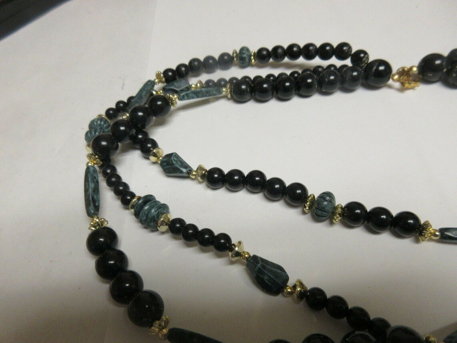 Costume Jewelry ,NECKLACE , Black / Green , 3 Strand ,