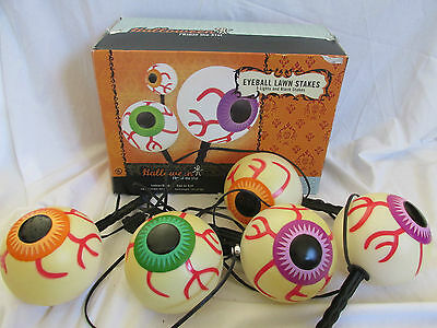 5 EYEBALL LIGHTED HALLOWEEN LAWN STAKES OUTDOOR DECOR 8FT LONG PATHWAY MARKERS