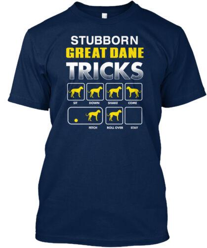 Great Dane Têtu-Tricks SIT DOWN SHAKE viennent chercher Standard Unisexe T-Shirt