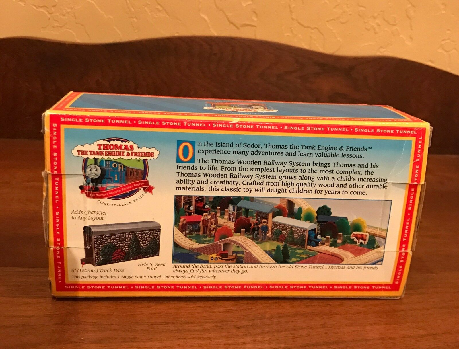 Learning Curve Thomas and Friends 'Single Stone Tunnel' Tunnel' Tunnel' 1996 New in box 33c9a2