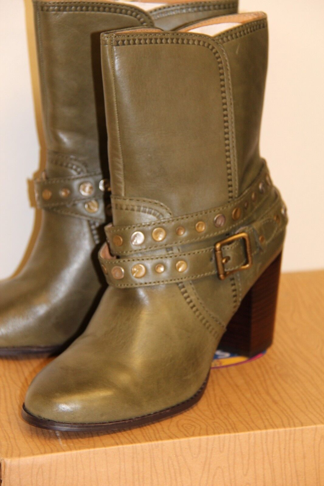 NIB Fossil DIDI Belted Bootie Ankle Stiefel Schuhes Sz 7.5 M Olive Leder Heel