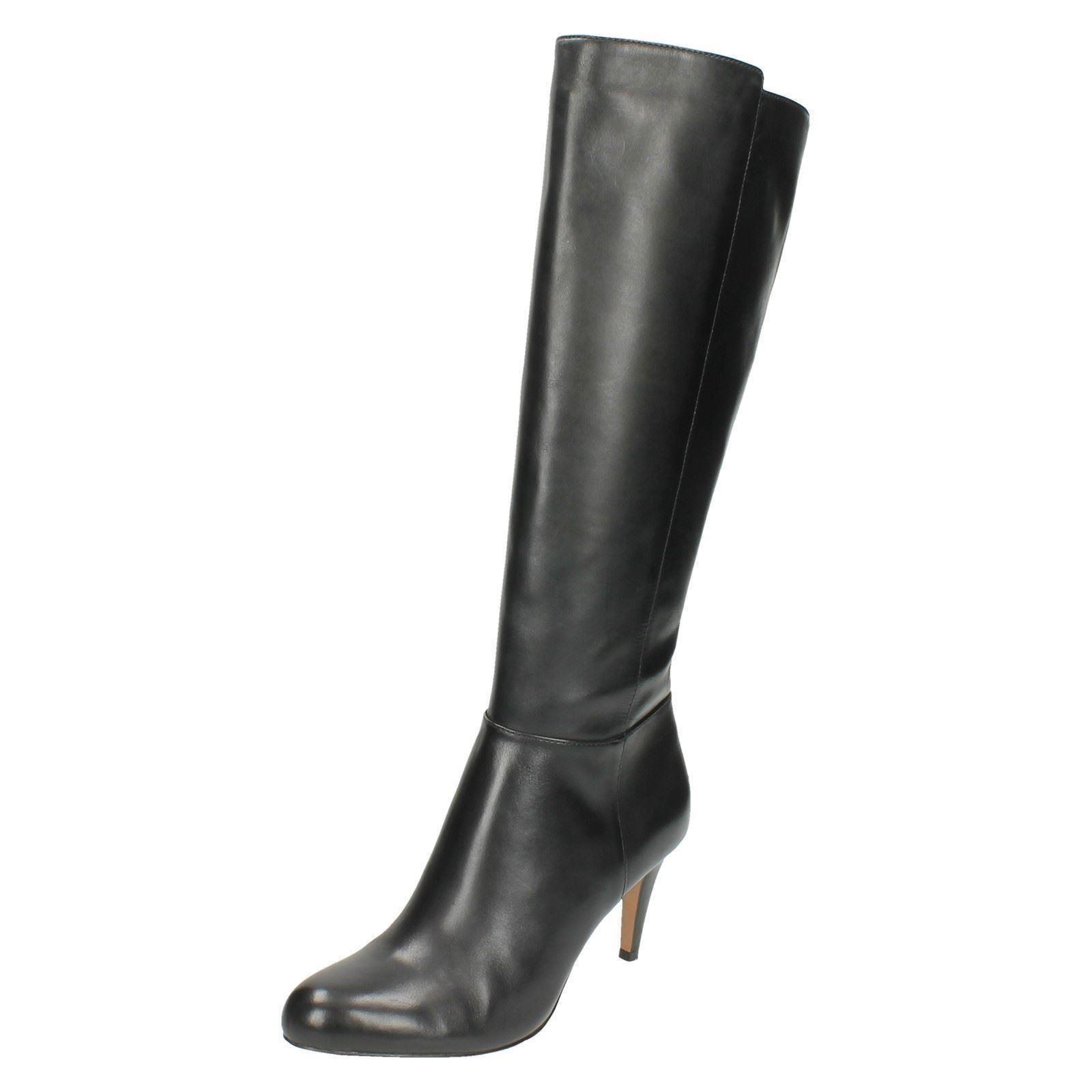 Grandes zapatos con descuento Mujer Clarks Cuero Con Cremallera Tacón De Aguja Largo Hasta Rodilla