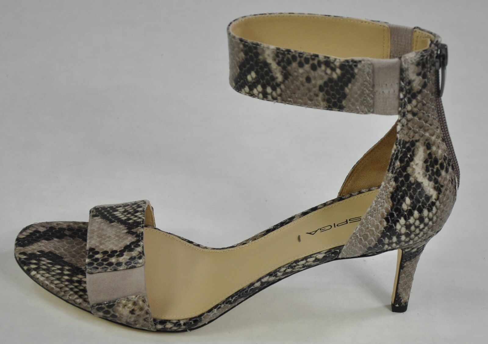 il più economico Via Spiga Lavinia Ankle Strap Sandal Tawny Snake Leather Print Print Print Beige Sz 7  250  servizio premuroso