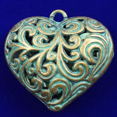 Carved Bronze Hollow Heart 39x35x16mm Pendant Bead D18081501