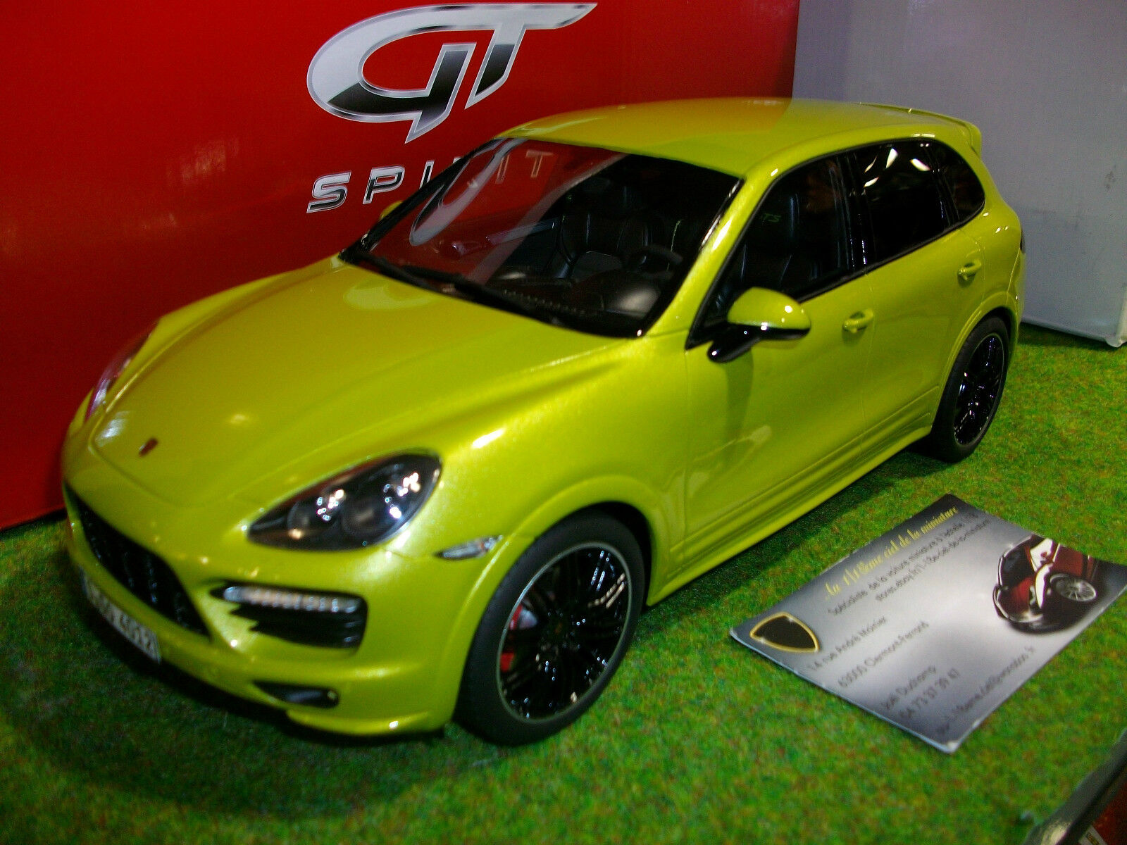 PORSCHE CAYENNE GTS 2013 verde 1 18 GT SPIRIT GT020A voiture miniature collection