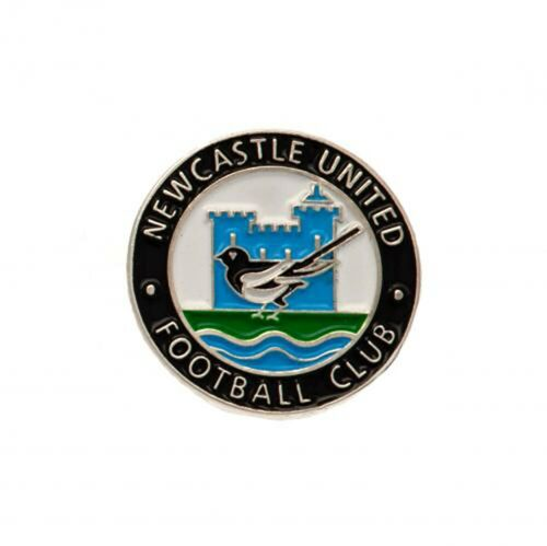 Newcastle United F.C - Metal Badge (RETRO) - GIFT