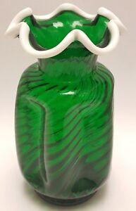 Fenton-Emerald-Snow-Crest-Glass-Vase-Green-Swirl-1950s-Mid-Century-Vintage-Art