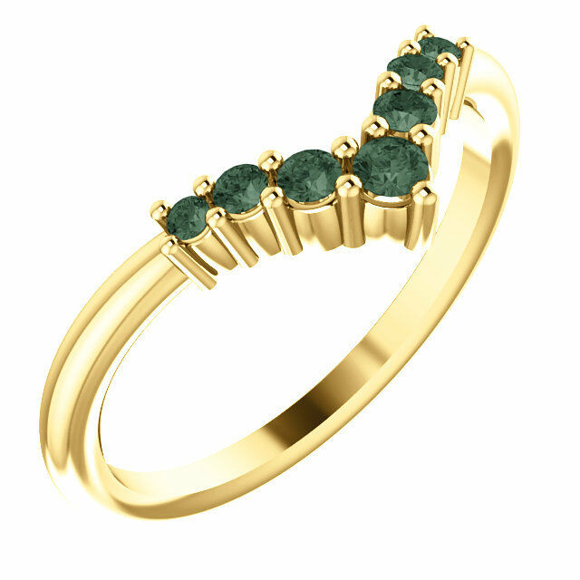 Genuine Alexandrite Graduated  V  Ring In 14K Yellow gold