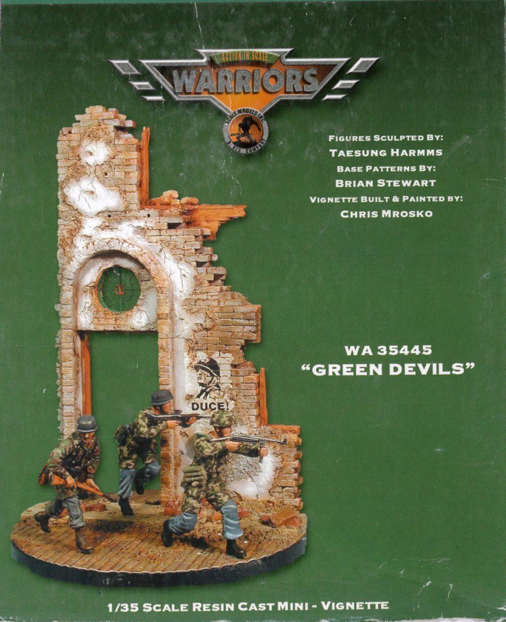 VLS Warriors 1-35th 35445 Vignette   Green Devils   VIGNETTE + 3 Figures