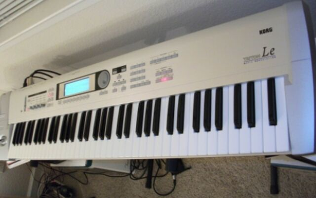 Korg triton-le synthesizer user guide service manual download.